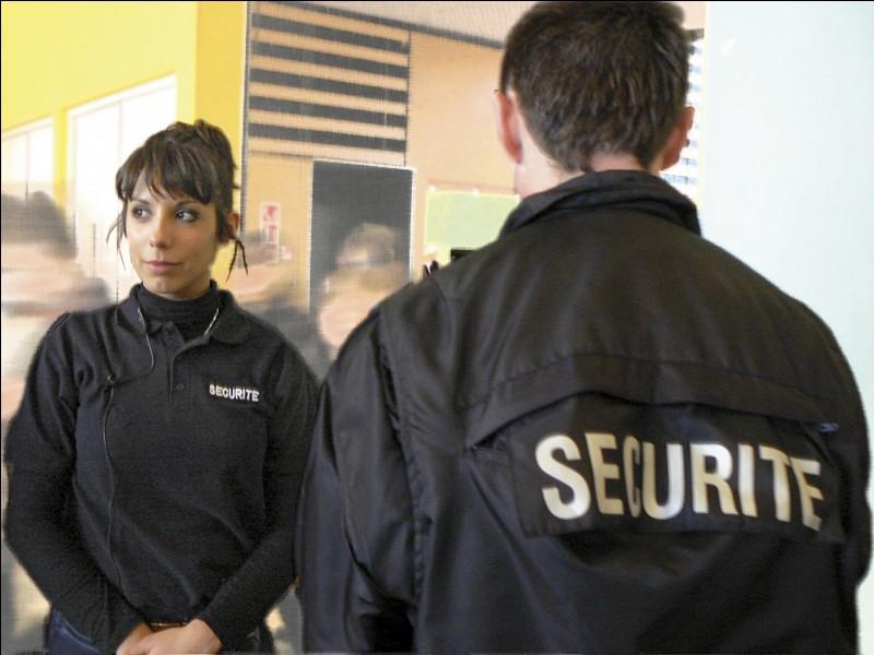Quel est le service de sécurité géré par le département ?