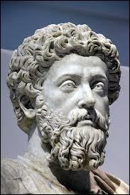 Lequel de ces trois philosophes est devenu empereur ?