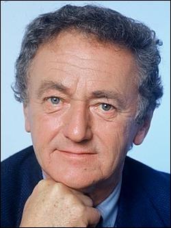 """Il est né un 13 novembre, vous avez reconnu Jacques Rouland ! Avec qui présentait-il l'émission """"La Caméra invisible"""" ?"""