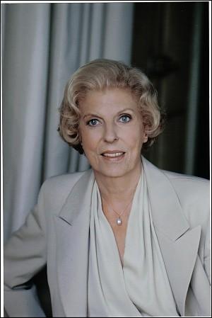 Née le 13 novembre 1912, donnez-nous le prénom de cette Première dame :