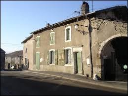 Lignéville dans les Vosges, est un village de la région ...