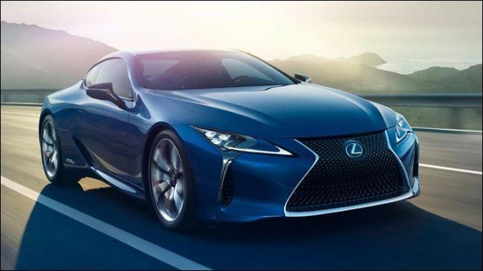 Quel est le modèle de cette Lexus ?