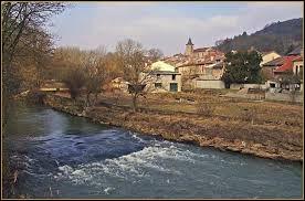Notre balade commence dans le Grand-Est, à Arnaville. Commune du parc naturel régional de Lorraine, au confluent du Rupt de Mad et de la Moselle, elle se situe dans le département ...