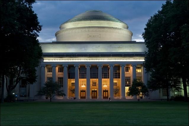 Dans quel État américain est situé le MIT ?