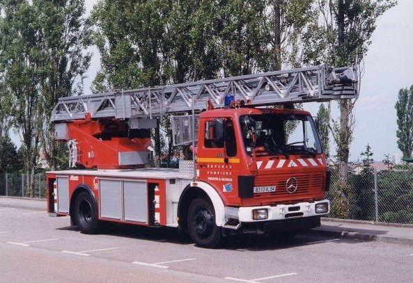 Les véhicules des sapeurs-pompiers (2)