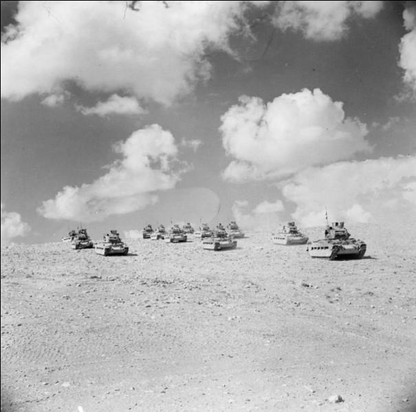 """Épisode de la guerre du désert en Égypte, opposant la 8e armée britannique et les Alliés dirigés par Montgomery, à l'Afrika Korps de Rommel, le """"Renard du désert"""". Son but : protéger la ville d'Alexandrie et le canal de Suez pour maintenir la domination de la Méditerranée.Quelle est cette bataille dont la supériorité en chars des Alliés leur a permis de chasser les Germano-Italiens d'Afrique ?"""