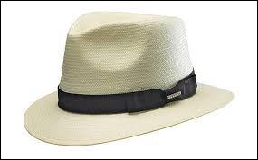 """""""Porter le chapeau"""", c'est..."""