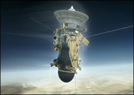 La mission d'exploration spatiale Cassini-Huygens a étudié le système...