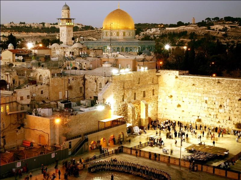 Quel est le nom des habitants de Jérusalem ?