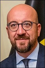 Premier ministre wallon et libéral de 2014 à 2019. Il a obtenu ce poste en s'alliant aux nationalistes flamands, malgré ses promesses pré-électorales. Qui doit succéder à Donald Tusk à la présidence du Conseil européen en décembre 2019 ?