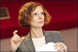 L'ancienne Ministre de l'Éducation, Marie-Christine Schyns, est aussi connue pour...