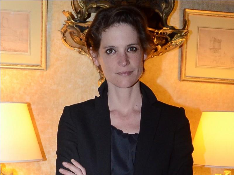 """Elle était Véronique dans """"La Bûche"""" de Danièle Thompson, Agnès dans """"Pièce montée"""" de Denys Granier-Deferre et la banquière dans """"Les Salauds"""" de Claire Denis : c'est ..."""