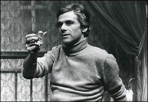 """Il était Antoine dans """"le Deuxième Souffle"""" de Melville, Azam dans """"L'Attentat"""" de Boisset, l'inspecteur Lucien Darros dans """"Flic Story"""" : c'est ..."""