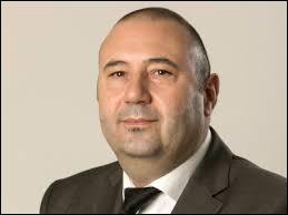 Christophe Collignon représente la troisième génération de sa famille de politiciens. Il est le fils de...