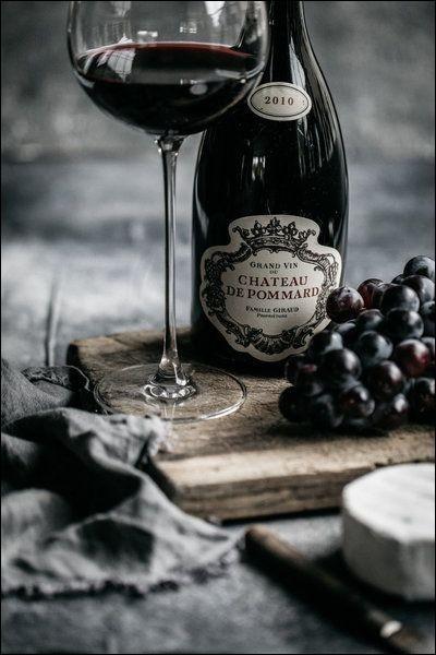 Je vous offre un verre de Pommard, c'est un cru :