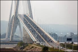 Quel est ce pont français célèbre ?