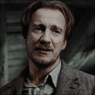 Et pour finir avec le meilleur acteur au monde pour moi : quel est le nom entier de l'acteur qui fait Remus Lupin ?