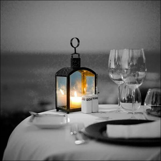 Lors d'un dîner aux chandelles, que diriez-vous de ceci pour accompagner le champagne ?
