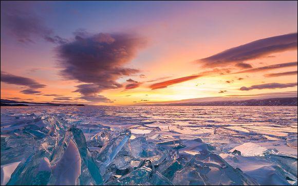 Avec ses 1 637 mètres de profondeur, record mondial, ce lac est le plus célèbre d'Asie centrale. L'avez-vous reconnu ?