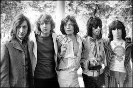 Les Rolling Stones ont sorti ''Honky Tonk Women'' peu après le décès de Brian Jones. Où est-il mort ?