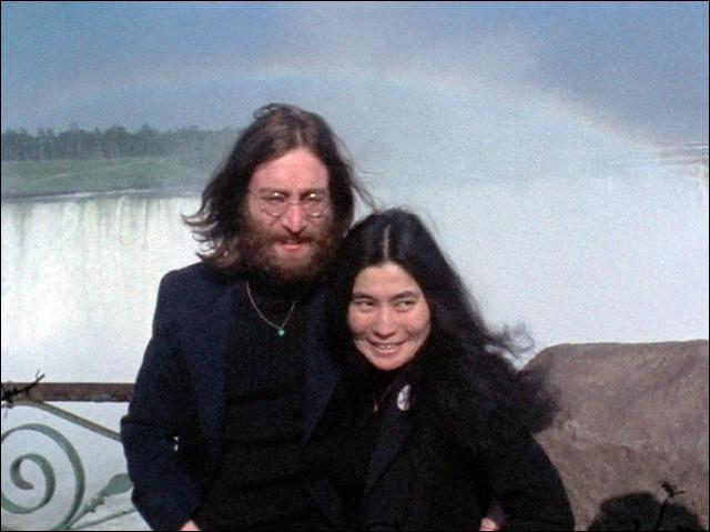 ''The Ballad of John and Yoko'' est un titre des Beatles. De quel pays est originaire l'épouse de John Lennon ?