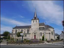 Voici l'église Saint-Julien-le-Martyr de Coudray. Commune Mayennaise, elle se situe en région ...