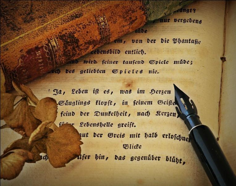 """Qui a écrit le vers : """"Le vent se lève ! ... Il faut tenter de vivre !"""", dans le poème « Le Cimetière marin » ?"""