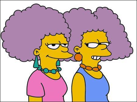 Comment s'appellent les 2 soeurs de Marge ?