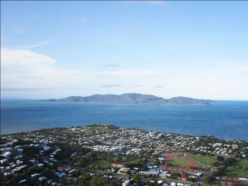 Dans quel territoire ou État australien l'île Magnétique se situe-t-elle ?