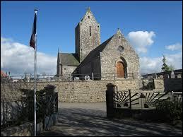 Voici l'église Notre-Dame de Montviron. Ancienne commune Manchote, elle se situe dans l'ancienne région ...