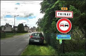 Nous sommes dans le Centre-Val-de-Loire, à l'entrée de Trinay. Commune de l'aire urbaine Orléanaise, dans la région agricole de la Beauce riche, elle se situe dans le département ...