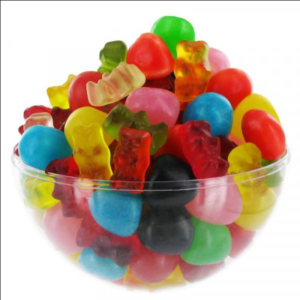 Hmm, c'est bon, Haribo ! Mais pour en acheter, trouve d'abord le slogan de ces bonbons !