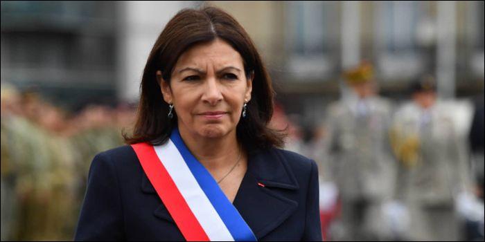 Mars 2020 - Le mois de mars sera marqué par les élections municipales. D'après mes prédictions, l'actuelle maire de Paris est en bonne position pour l'emporter à nouveau. Comment s'appelle-t-elle ?