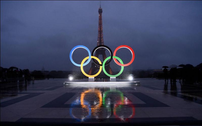 Août 2020 - Le début du mois d'août sera marqué par les Jeux olympiques ! Ma prédiction est la suivante : les athlètes de l'équipe de France gagneront beaucoup de médailles. Ils auront cependant une difficulté à affronter : le décalage horaire. Savez-vous dans quel pays ces JO se dérouleront-ils ?
