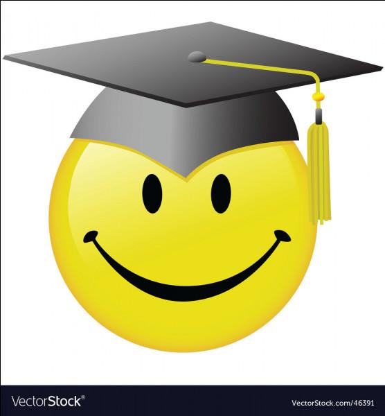 Septembre 2020 - Pour cette nouvelle rentrée, ce sera la première fois que les élèves de première passeront le nouveau Bac. Ma prédiction est la suivante : beaucoup d'élèves vont être désarçonnés par ce nouveau système. Savez-vous d'ailleurs combien d'enseignements de spécialités faudra-t-il choisir en classe de première ?