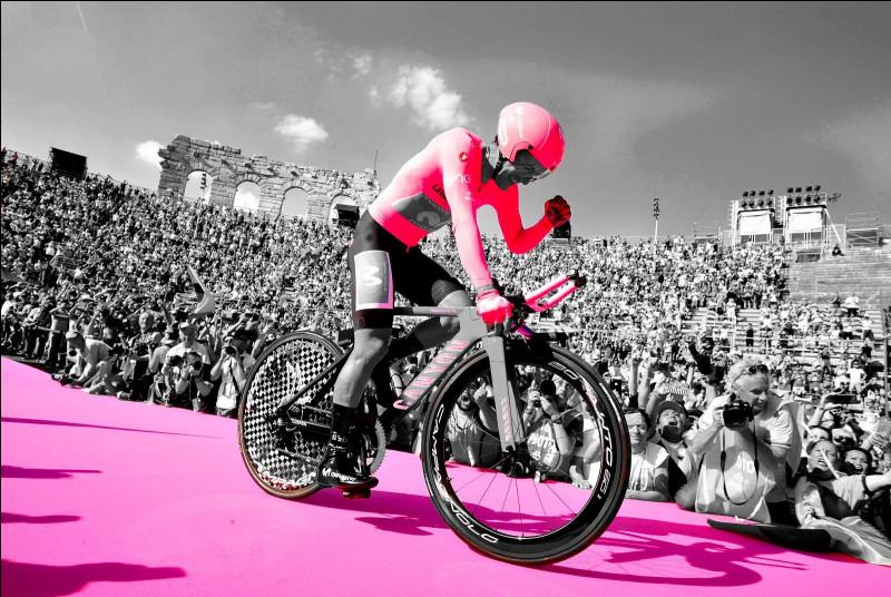 8e position - Richard Carapaz dompte le Giro d'Italia. Après une course qu'il aura dominée dès les premiers massifs montagneux, le coureur de l'équipe Movistar a offert à son pays sa première victoire sur un Grand Tour. De quel pays s'agit-il ?
