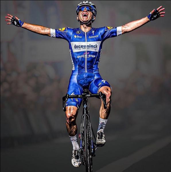 6e position - Remco Evenepoel sur la Classica San Sebastian. L'un des plus grands espoirs du cyclisme mondial a encore frappé sur l'une des plus belles classiques du calendrier. À quel âge a-t-il remporté cette épreuve ?