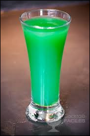 """Alcool principal : PastisIngrédient (s) : Sirop de menthe, eau.Origine : France A savoir : Quand on rajoute du Get 27 cela devient un """"Dentifrice"""". Quel est le nom de ce cocktail ?"""