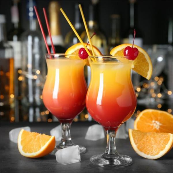 Alcool principal : Vodka Ingrédient (s) : ananas, canneberge, sirop de pêches.Origine : Etats-UnisA savoir : Créé par la chaîne de restaurant T.G.I. Friday's.Quel est le nom de ce cocktail ?