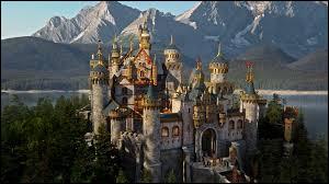 Quel personnage présent dans plusieurs séries est indissociable de Camelot ?