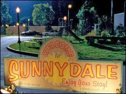 Quelle série se déroule à Sunnydale ?