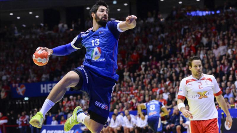 Le championnat d'Europe de handball 2020 se déroule en Suède, Autriche et Norvège du 10 au 26 janvier : de quels pays est composé le groupe D, le groupe de la France ?