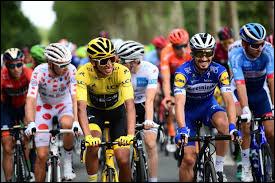 Comme chaque année, a lieu le Tour de France, cette année du 27 juin au 19 juillet : de quelle ville aura lieu le grand départ ?