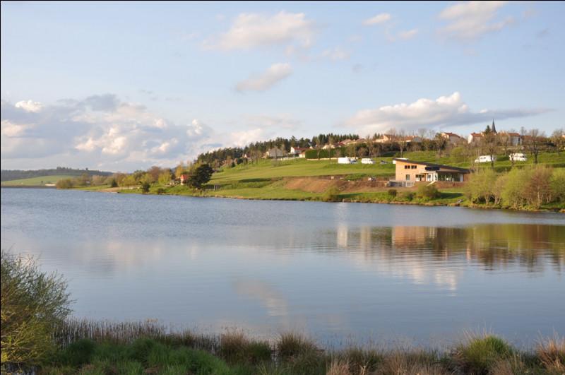Quel est le plus grand lac du département français de la Lozère ?