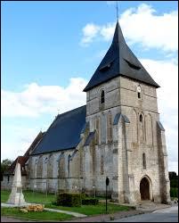 Nous sommes à présent en Haute-Normandie devant l'église Sainte-Christine de Ferrières-Haut-Clocher. Commune du pays d'Ouche, elle se situe dans le département ...
