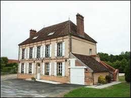 Nous terminons notre balade dans la Marne, à Villeneuve-Saint-Vistre-et-Villevotte. Nous nous trouvons dans l'ancienne région ...