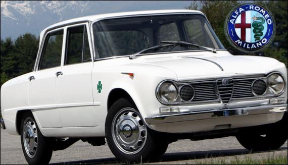 Quelle est cette automobile lancée en 1962 ?