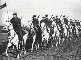 1920 est l'année de la guerre entre la Pologne et la Russie soviétique. Comment celle-ci s'achève t elle, fin septembre ?