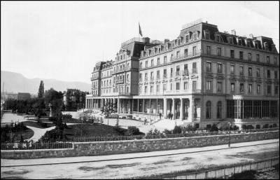 La SDN (Société des Nations), créée par le traité de Versailles, entre en fonction le 10 janvier 1920 : combien compte-t-elle d'Etats membres et qui sont-ils ?