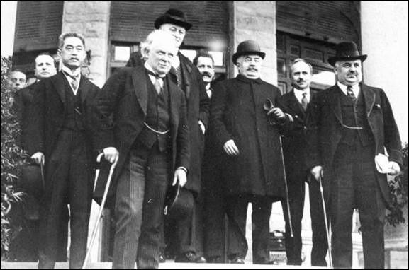 La conférence de San Remo s'est tenue du 19 au 26 avril : quel a été son rôle ?